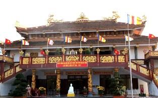 * Thoáng Mát Hương Xuân Phật Giáo Quảng Bình
