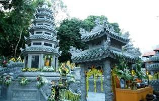 Lễ Truy Niệm, Cung Tống Kim Quan HT.Thích Chơn Thiện Nhập Bảo Tháp