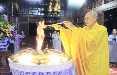 Phật giáo Đắk Lắk trang nghiêm Lễ Tắm Phật
