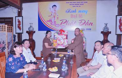 Krông Năng: Chính quyển chúc mừng Phật đản