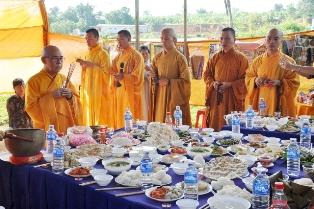 Phật tử Chùa Sắc Tứ Khải Đoan tổ chức Lễ Trai đàn Chẩn tế.