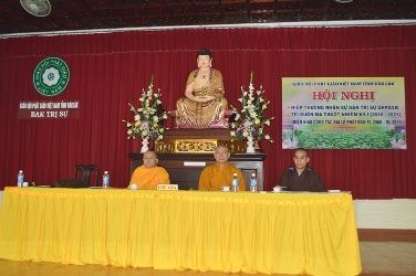 Chư tôn đức Tăng Ni TP. Buôn Ma Thuột họp triển khai tổ chức Đại hội Đại biểu Phật giáo và Đại lễ Phật đản PL. 2560 – DL 2016.