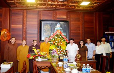 Đắk Lắk: Lãnh đạo Tỉnh Ủy thăm và làm việc Ban Trị sự Phật giáo tỉnh