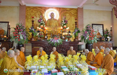 Lễ cúng Dâng y Casa Tịnh xá Ngọc Quang