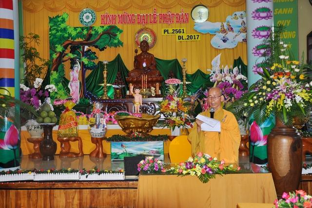 Lễ Phật đản tại Thiền Viện Trúc Lâm Vạn Đức.
