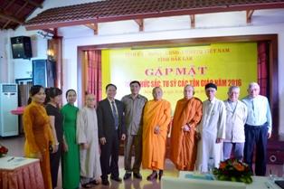 Ban Dân vận Tỉnh ủy và Ủy ban MTTQVN tỉnh Đăk Lăk tổ chức buổi Gặp mặt Đại diện Chức sắc, Tu sĩ các tôn giáo năm 2016.