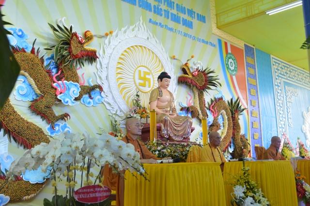 Chùa Sắc Tứ Khải Đoan mở Giới Đàn Quang Huy truyền thọ Thập thiện và Bồ Tát tại gia.