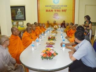 Đoàn Phật giáo Nam tông Kh'Mer tỉnh Vĩnh Long đến thăm Ban Trị sự GHPGVN tỉnh Đăk Lăk.