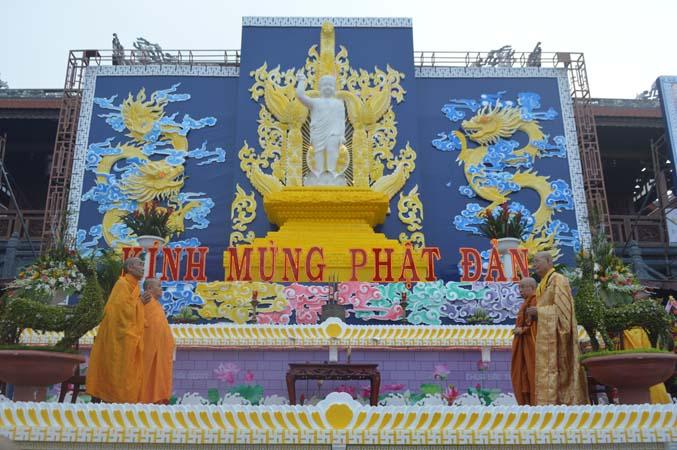 Kính Mừng Đại lễ Phật đản PL.2561 – DL.2017