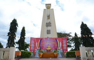 Đại lễ Cầu siêu Anh hùng Liệt sĩ tại nghĩa trang Thị xã Buôn Hồ