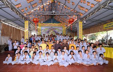 Khóa tu niệm Phật tại chùa Quảng Trạch huyện Lăk