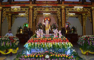 Lễ Tắm Phật chùa An Hòa. TX Buôn Hồ