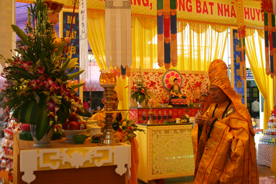 Eakar: Đại lễ trai đàn giải oan bạt độ, chẩn tế cô hồn tại Chùa Quán Thế Âm