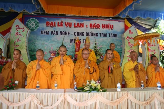 Đại lễ Vu Lan báo hiếu tại chùa Tuệ Vân huyện Eakar
