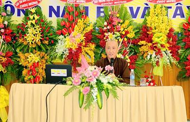 HT.Thích Huệ Thông triển khai Hiến chương và một số Nội quy Quy định của Giáo hội