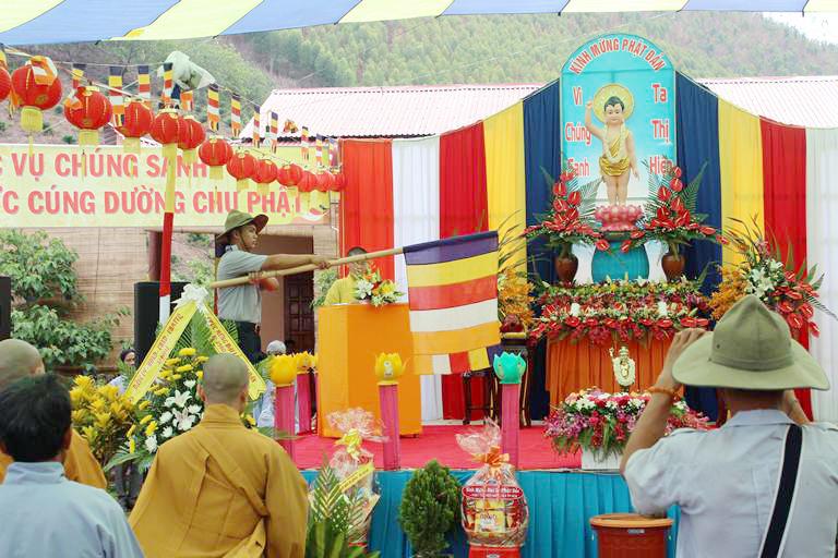 Chùa Phước Vân Xã Hòa Lễ Tổ Chức Đại Lễ Phật Đản  PL 2560 -DL 2016