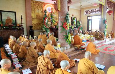 TP. BMT: Tịnh xá Ngọc Quang tổ chức Lễ dâng pháp y Ca sa trong mùa An cư Kiết hạ PL 2563 – DL 2019.
