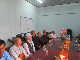 Phái Đoàn Ban Trị sự GHPGVN huyện Krông Ana thăm và chúc Tết các Cơ quan Chính quyền và Mặt trận huyện.