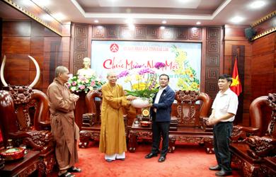 Ban Trị sự Phật giáo tỉnh Đắk Lắk đi thăm và chúc Tết lãnh đạo các Cơ quan chức năng của Tỉnh Đắk Lắk và TP. Buôn Ma Thuột.