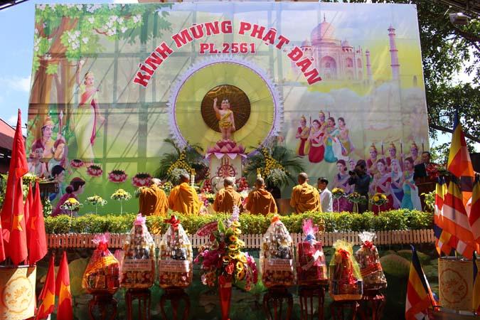 Tịnh Xá Ngọc Quang Kính Mừng Phật Đản PL 2561