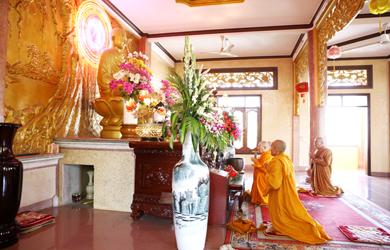 Đắk Lắk: Tăng Ni Khất sĩ Tác Pháp An Cư Kiết hạ PL 2564 & Lễ An vị Phật Bảo tháp tại tịnh xá Ngọc Quang