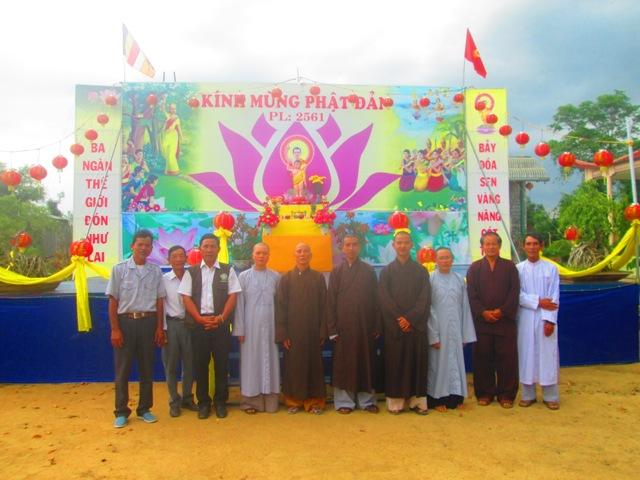 Ban Trị Sự Phật Giáo huyện Krông Ana tham quan công tác tổ chức Phật Đản PL 2561 của các cơ sở trong huyện