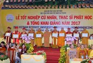 Trang trọng lễ tốt nghiệp Cử nhân, Thạc sĩ Phật học Tại HVPG TP.HCM