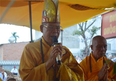 Lễ chú nguyện rót đồng đúc Tôn tượng Phật tại chùa Linh Phong