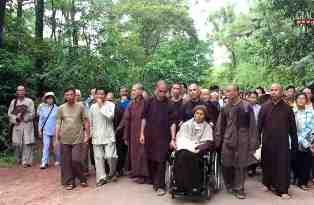 Thiền sư Thích Nhất Hạnh rời chùa Từ Hiếu