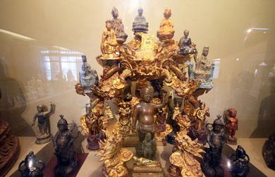 Kho báu cổ vật trong bảo tàng Phật giáo đầu tiên ở Việt Nam