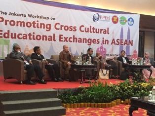 Chư Tăng VN Tham Dự Hội Thảo Về Giáo Dục Tại Jakarta