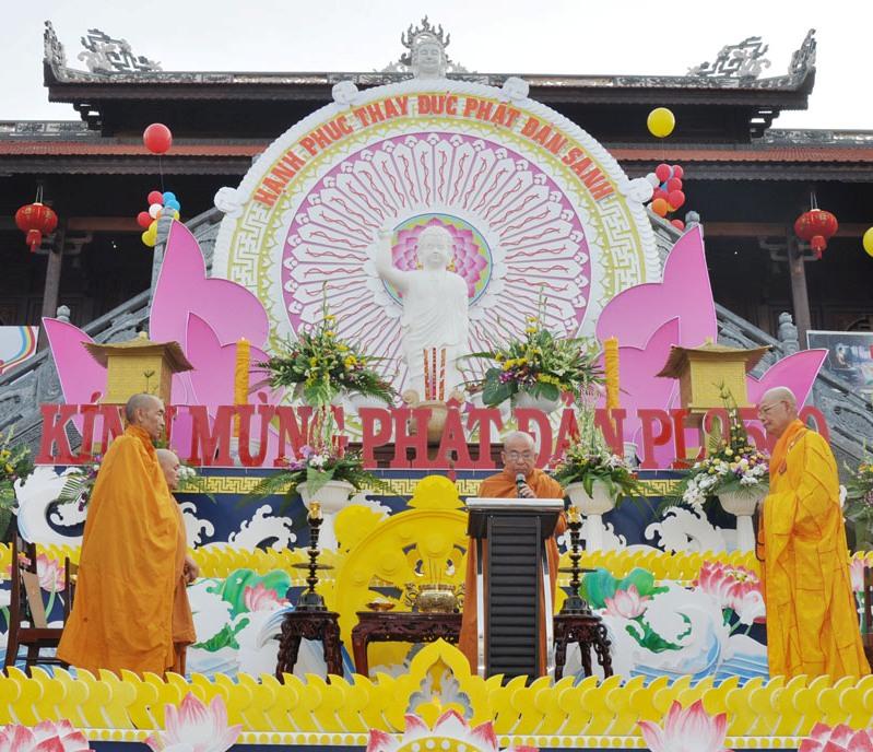 Mừng ngày Đại lễ Phật đản PL.2560 – DL.2016