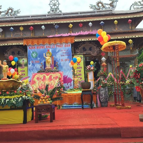 Lễ Phật Đản Tại Chùa Hoa Nghiêm CưMgar