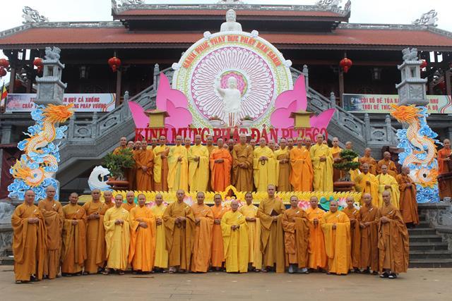 Lễ Tác Pháp An cư Kiết hạ của chư Tăng Bắc Tông tỉnh Đắk Lắk tại Tổ đình Sắc tứ Khải Đoan sáng ngày (16/4/Bính Thân)