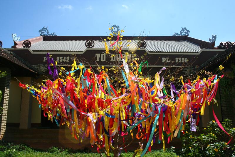 Chùm ảnh xuân tại chùa Hoa Nghiêm, Linh Phong huyện Cưmgar