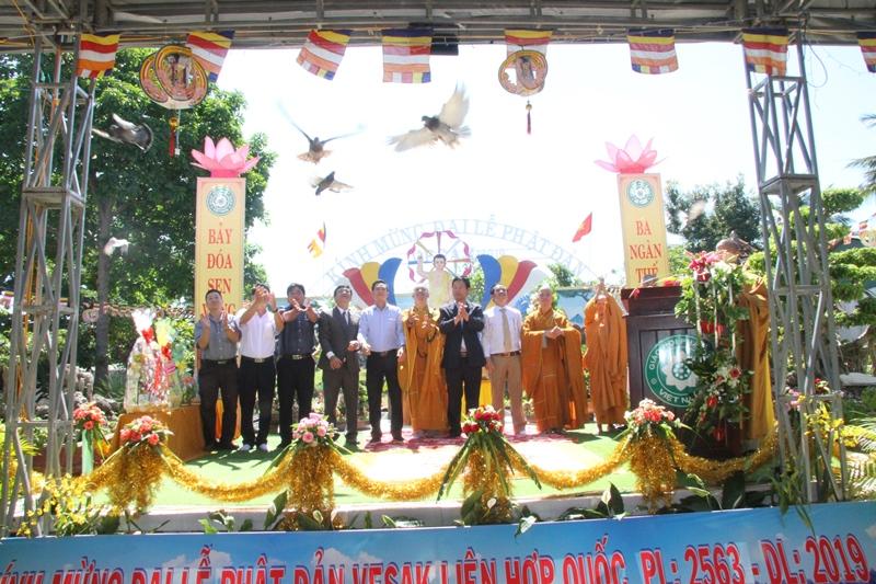 Tịnh Xá Ngọc Bửu, huyện Eakar long trọng tổ chức Lễ Phật Đản VESAK PL.2563 – DL.2019
