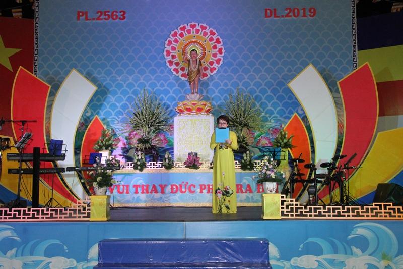 Hoạt động Phật sự tại huyện Eakar chào mừng Đai lễ Phật đản PL.2563