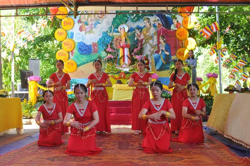NPĐ Phước Bảo, Xã YangReh  tổ chức Đại lễ Phật đản PL.2563