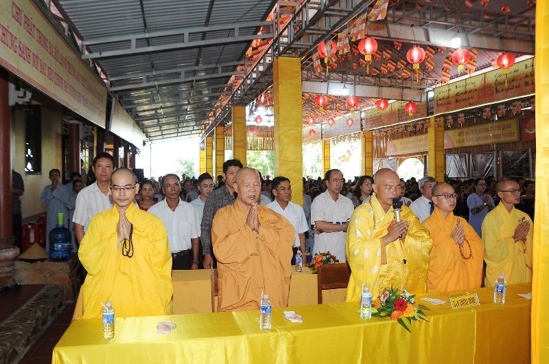 GHPGVN huyện Lăk trang nghiêm tổ chức lễ Phật đản PL.2563 – Dl.2019