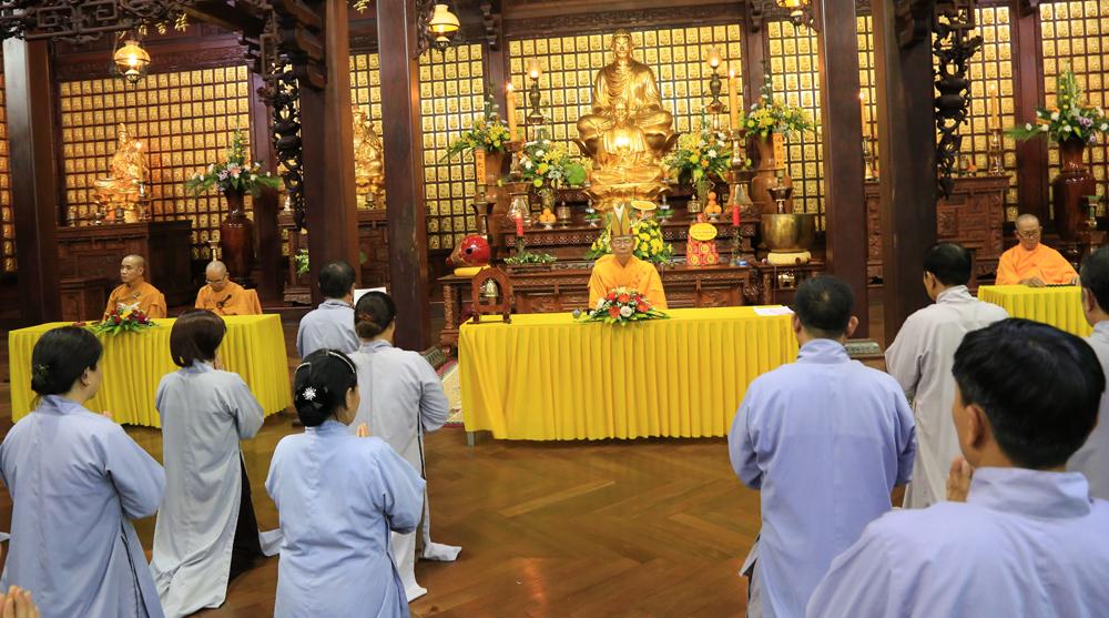 Khóa tu Bát quan trai tại chùa Sắc Tứ Khải Đoan
