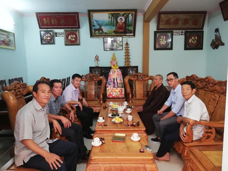 Phòng an ninh đối nội tỉnh Đắk Lắk thăm GHPGVN huyện Krông Ana nhân ngày Phật Đản