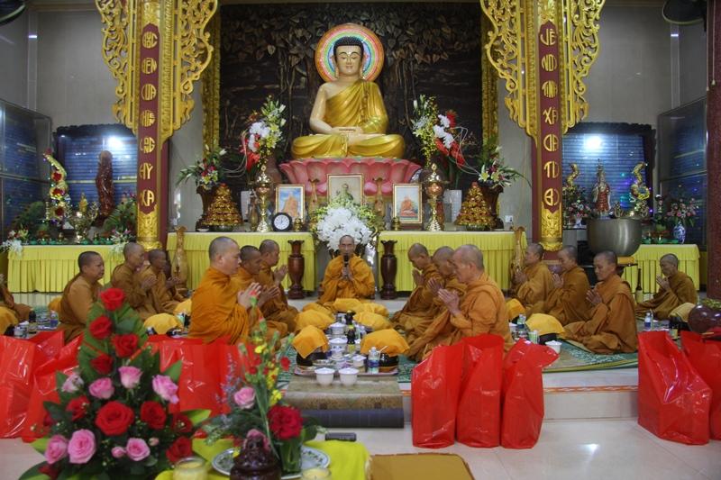 Lễ dâng y Casa mùa Vu lan tại tịnh xá Ngọc Bửu, huyện Eakar