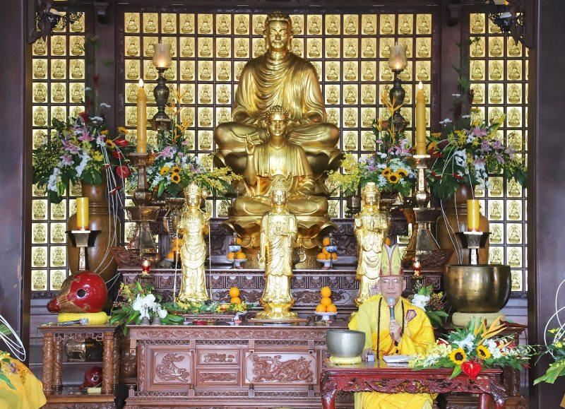 Lễ Quy y Tam bảo tại chùa Sắc tứ Khải Đoan