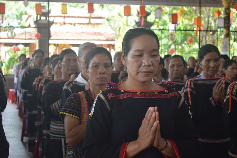 Nhiều hoạt động ý nghĩa trong ngày gặp mặt Phật tử đồng bào tại chùa Hoa Nghiêm, huyện Cư M'gar