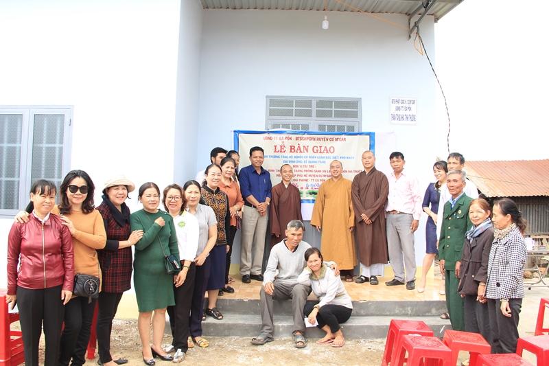 Bàn giao căn nhà tình thương tại thôn 5, TDP. Tân Tiến, thị trấn EaPok