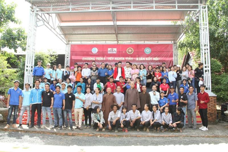 """Chương trình từ thiện """"Tết Tình Nghĩa – Xuân Kết Nối"""" tại Krông Bông"""