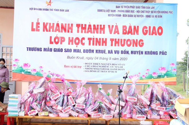 Huyện Krông Pak: Bàn giao lớp học tình thương tại buôn Kruê, xã Vụ Bổn