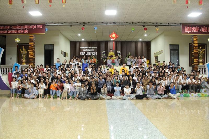Lễ cầu nguyện tiếp sức mùa thi 2020 tại chùa Linh Phong