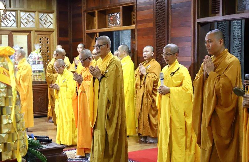 Video: Lễ Tưởng niệm Húy nhật nhị vị Hòa thượng nguyên trụ trì Tổ đình Sắc tứ Khải Đoan