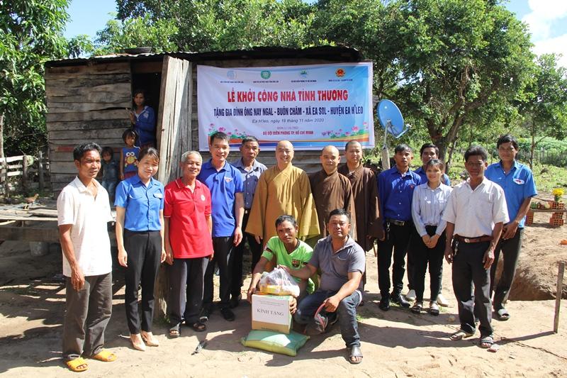 Lễ khởi công xây dựng nhà tình thương tại xã EaSol, huyện EaHleo